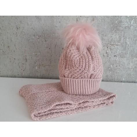 Conjunto gorro rosa palo brillantes pompon pelo y cuello