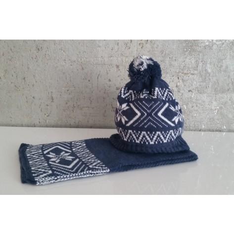 Conjunto gorro pompon azul greca y bufanda