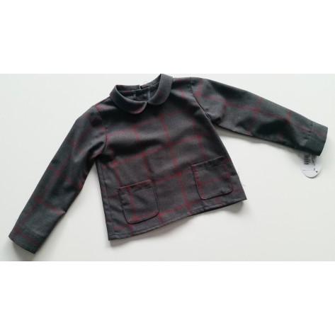 Camisa cuello bebé dos bolsillos gris cuadros granate