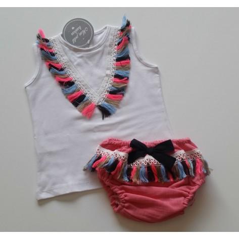Conjunto braguita rosa y camiseta flecos