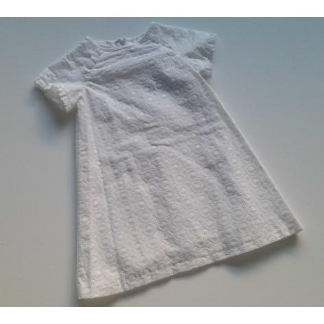 Vestido blanco manga raglan batista bordada