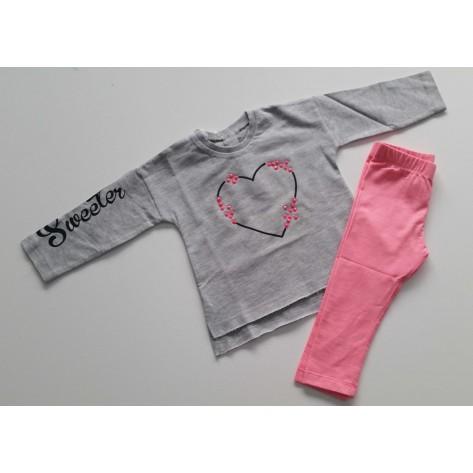 Conjunto leggins rosa fluor y camiseta gris corazón