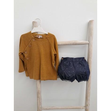 Conjunto bombacho denim estrellas y suéter mostaza