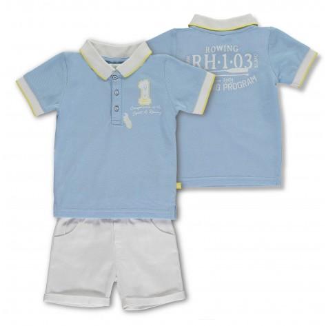 Conjunto pantalón corto blanco y polo azul empolvado