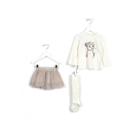 Conjunto falda estampado animal, camiseta crudo y medias