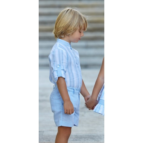 Camisa rayas celeste blanca y pantalon corto celeste
