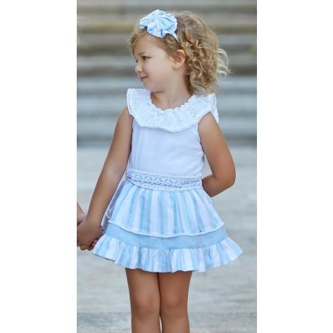 Falda rayas celeste y blanca y camiseta