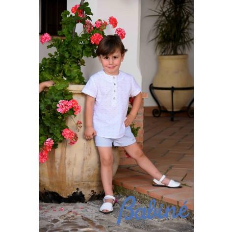 Conjunto camisa cuello caja plumeti y pantalon corto celeste