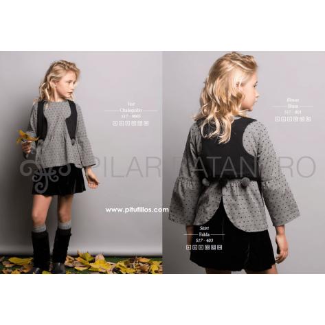 Falda terciopelo negra + blusa plumeti gris (sin chaleco)
