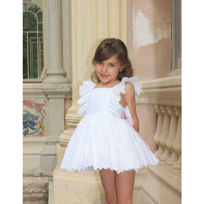 7f9f03357 Vestido blanco bordado lazo rosa detrás - Lapeppa