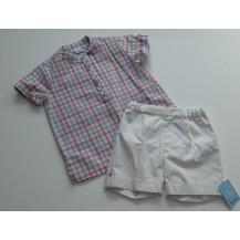 Conjunto bermuda blanca y blusa vichy rosa y arena