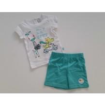 Conjunto bermuda verde y camiseta