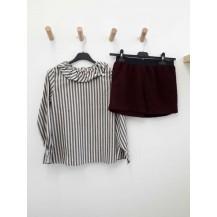 Short borreguito burdeos + blusa rayas