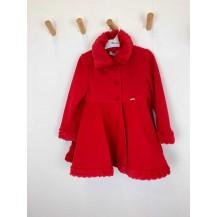 Abrigo capa rojo pelo cuello