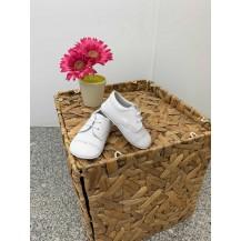 Zapato charol blanco cordones